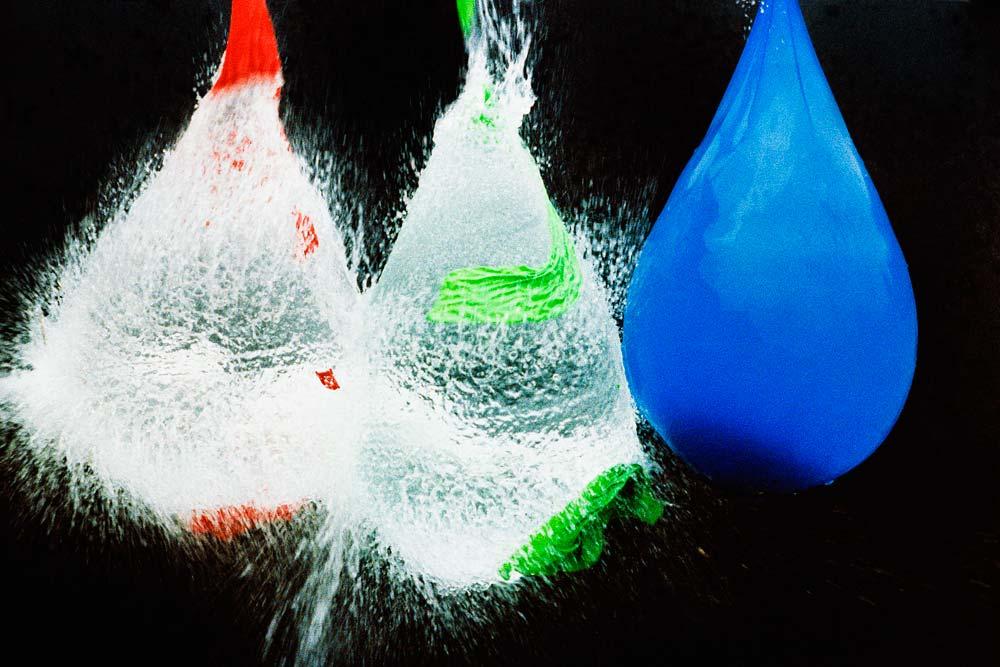 101c1-Exploding-Balloons